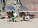 Obstverkäufer am Taumadhi Square