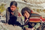 Upper Dolpo - Children in traditional dress